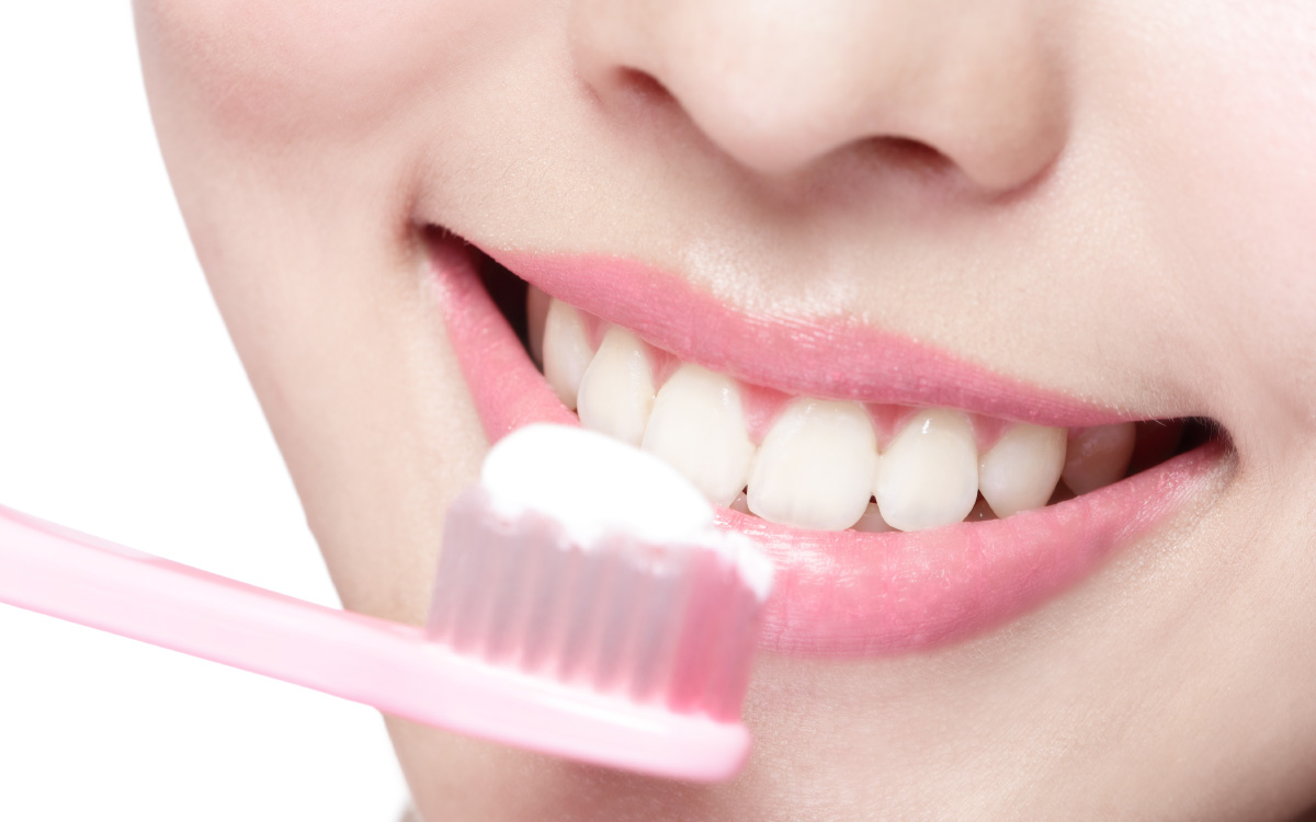 画像:お口の中が清潔で健康的に